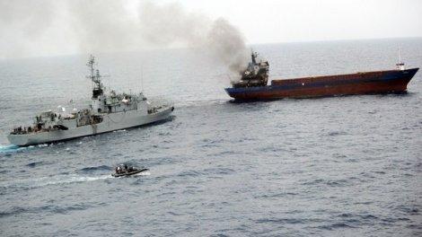 L'équipage du Luna-S, navire battant pavillon tanzanien, a mis le feu à sa cargaison de cannabis le 8 septembre 2013 pour tenter d'échapper aux douanes françaises, en mer Méditerranée.