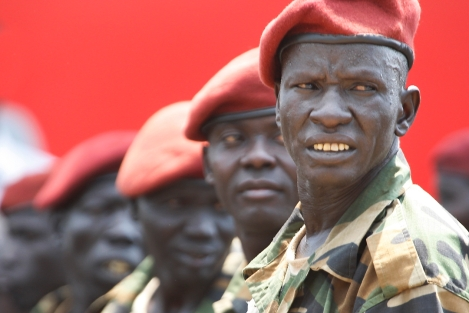 """9 juillet 2011, Juba. Les """"Tigres"""" de la garde présidentielle, lors des cérémonies de l'indépendance.(CC)Steve Evans."""
